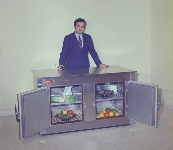Custom manufactured refrigerated deli case from the 60's